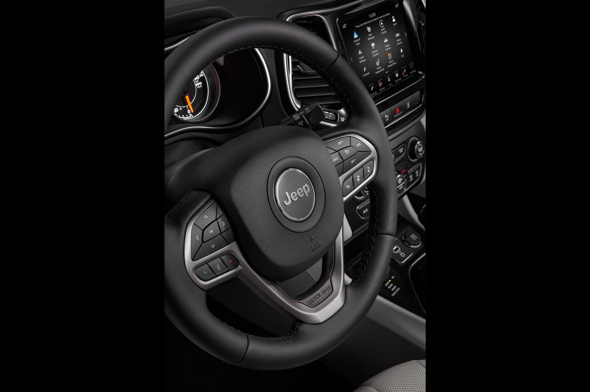 2019 Cherokee steering wheel
