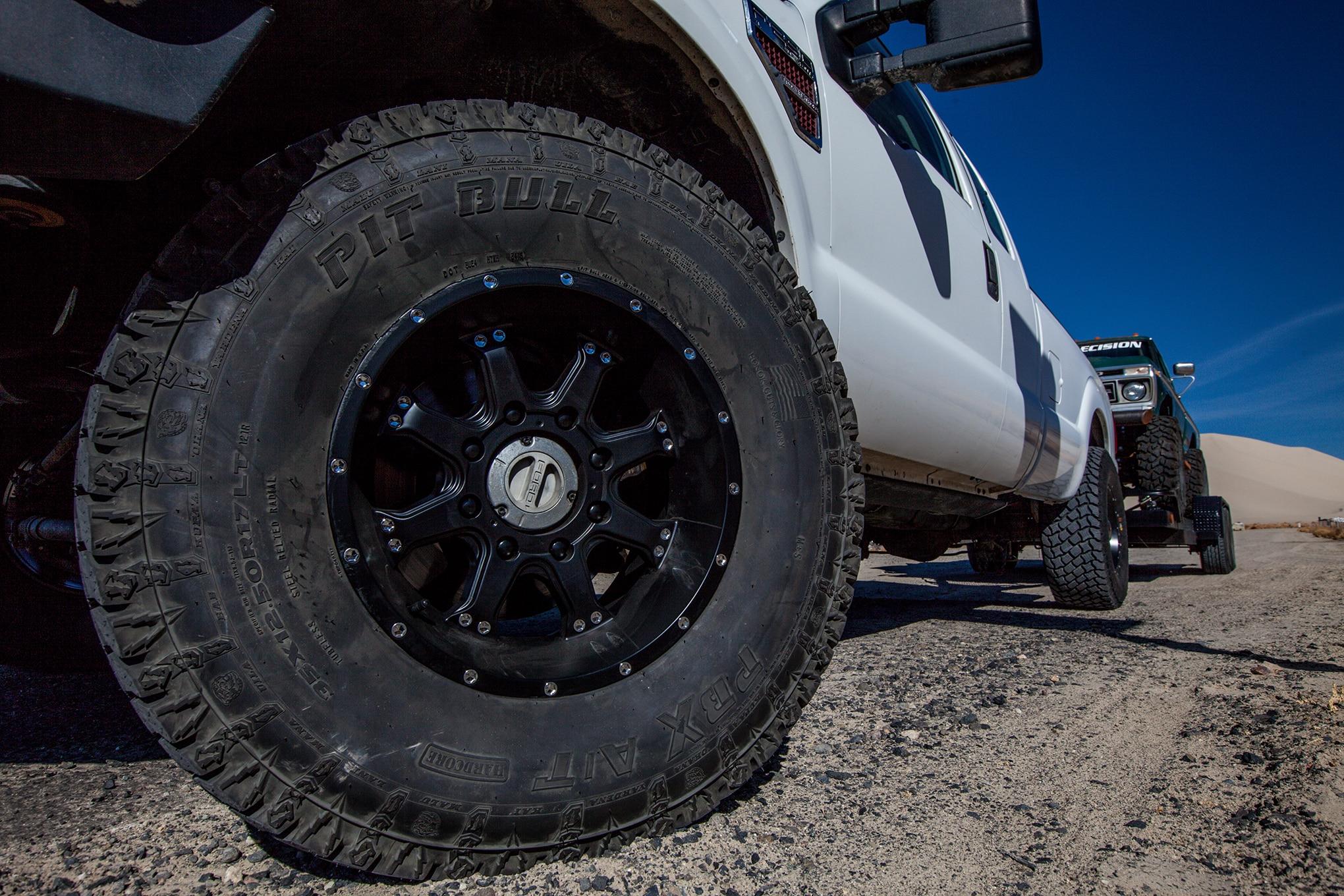 006 pit bull pbx tire