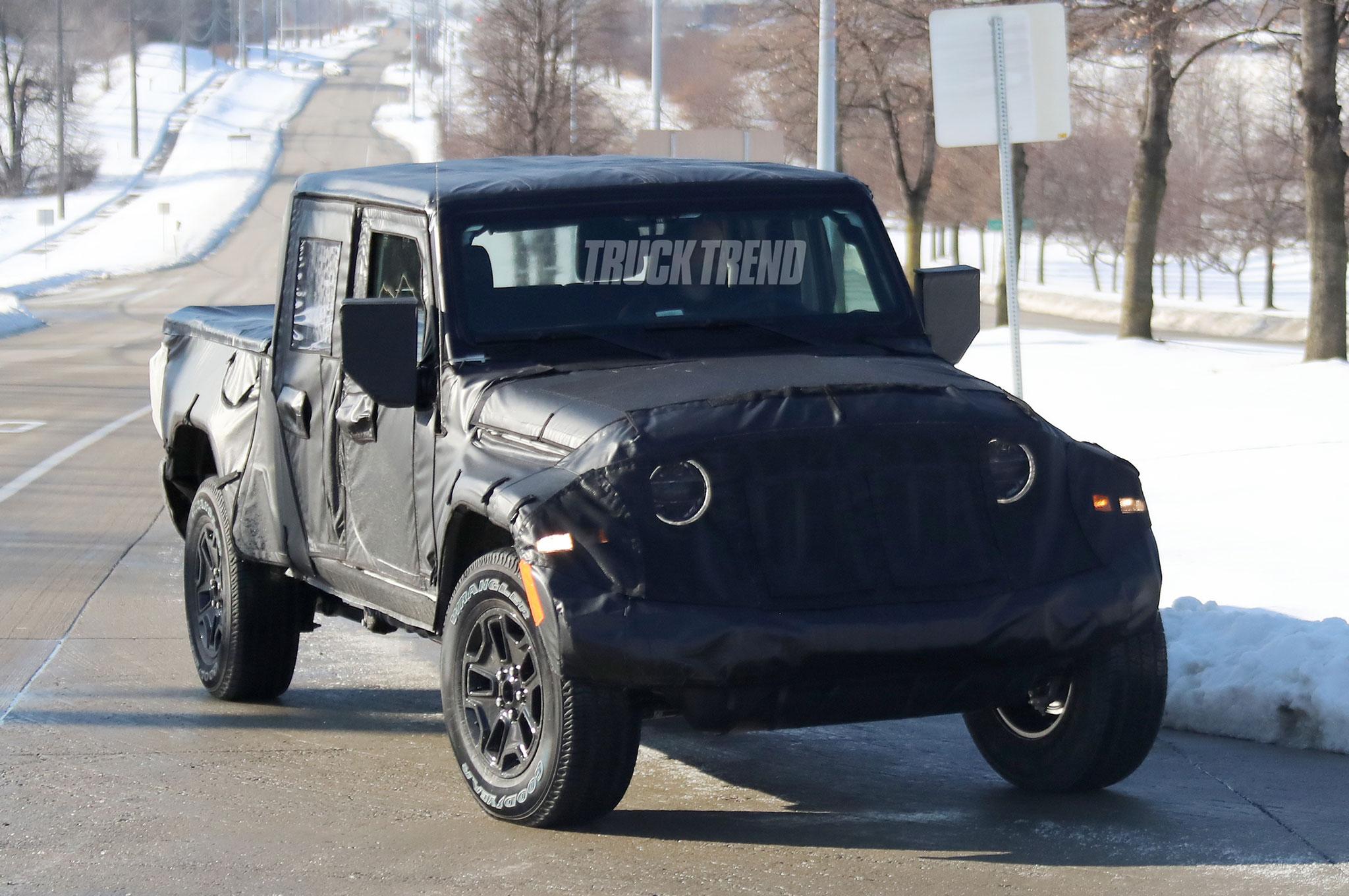 2019 jeep wrangler scrambler front quarter 08