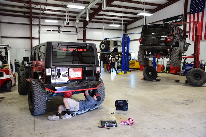 2018 Easter Jeep Safari: New Install/Repair Shop Opens in Moab #EJS2018