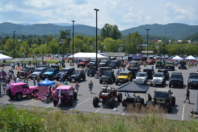 7,000 Jeeps Invade Pigeon Forge: The 5th Annual Great Smoky Mountain Jeep Invasion