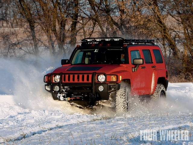129 0903 01 z+hummer h3 suspension+front view snow