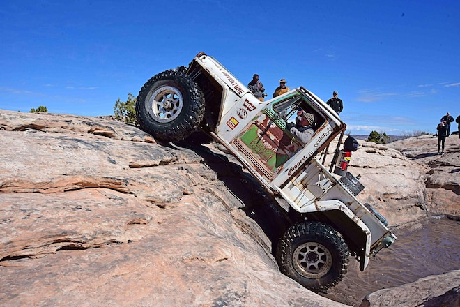 2018 Easter Jeep Safari: Bull In A China Shop #EJS2018