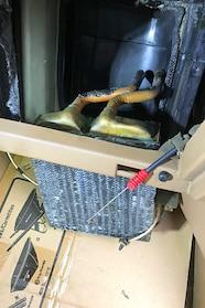 011 ford heater core remove old core