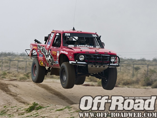 0901or 7067 z+2009 score laughlin desert challenge+trucks