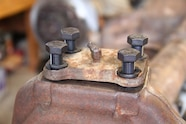 dana 60 king pin rebuild lower kingpin bearing cap and four bolts