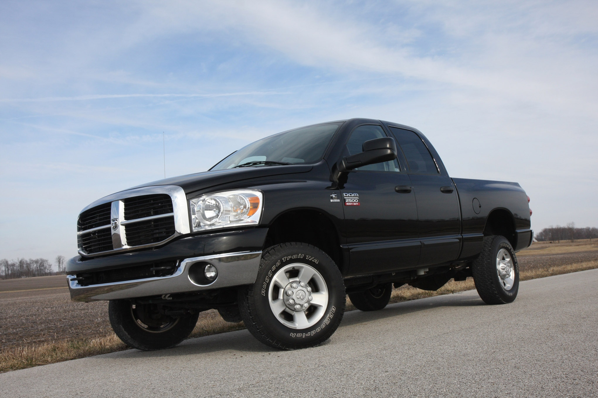 Best 3 4 Ton Truck >> Big Three On A Budget What S The Best Pre Owned 3 4 Ton 4x4