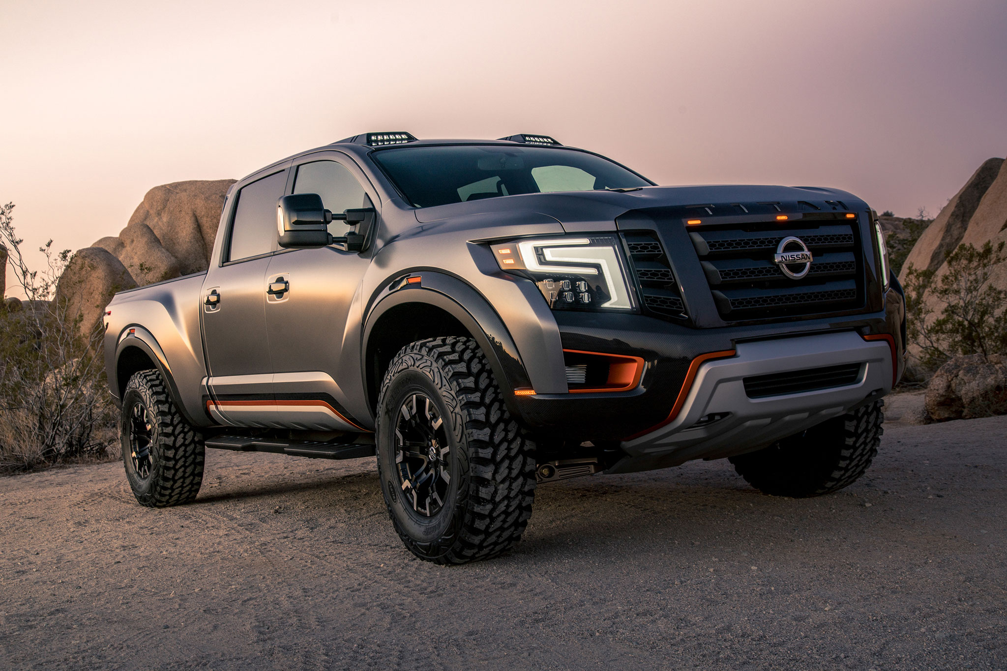 Nissan Titan Warrior concept front three quarter 02