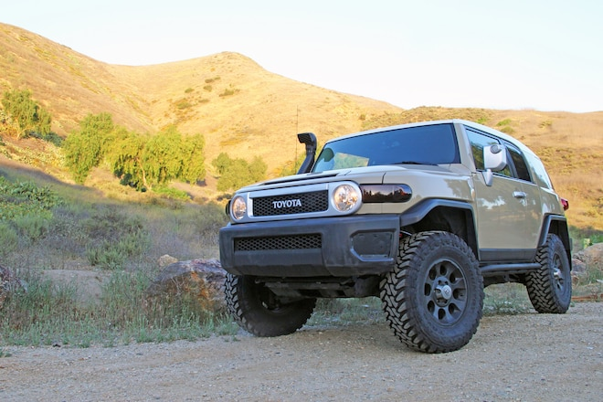 Our 2012 FJ Cruiser Project Gets a Toytec Boss Lift & Toyo Tires