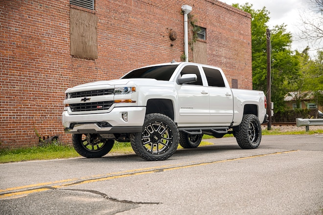 RealTruck: Truck Accessories and Products