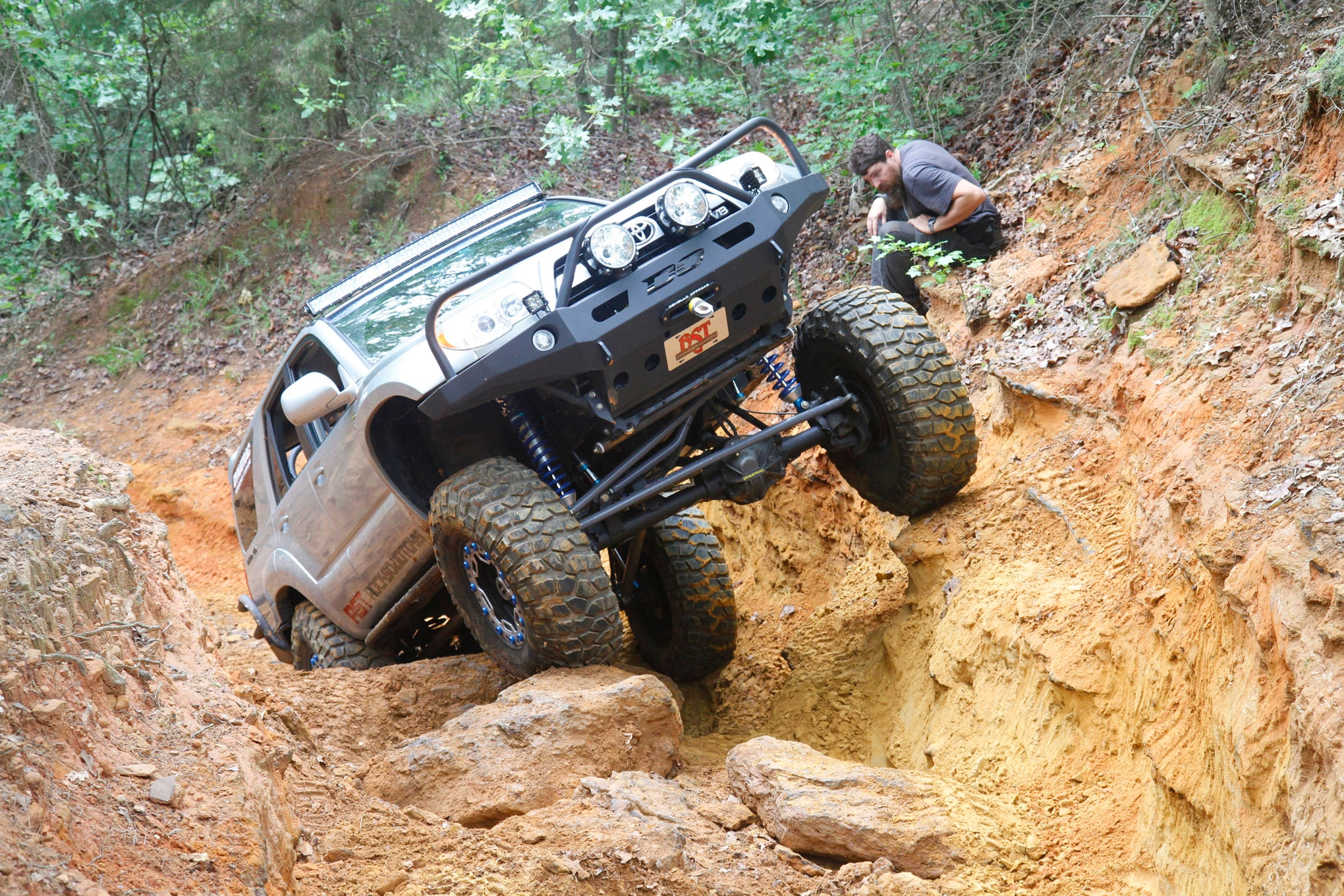 Dave Crosby stands up his 2006 4Runner at the bottom of a tough climb. He has swapped a set of linked Dana 60 axles and a Marlin Crawler transfer case under the Toyota to handle 39-inch BFGoodrich Krawlers.