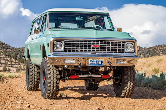 Three Door Thunder - 1971 Chevy Suburban with 6.0L Engine