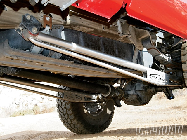 0903or 07 z+2003 ford f 350+pro comp traction bars