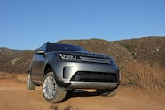 09 2018 land rover discovery hse luxury four wheeler of the year