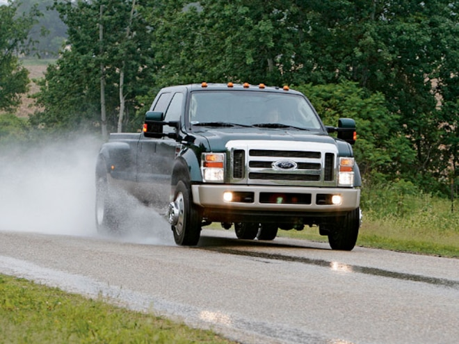 2008 Ford F450 Super Duty Tow Test - Trailers & Towing