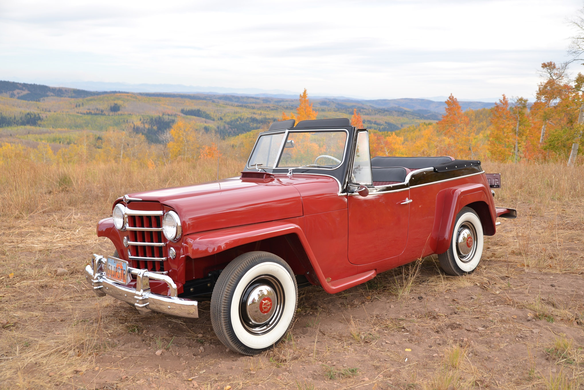 003 1951 willys overland jeepster top down