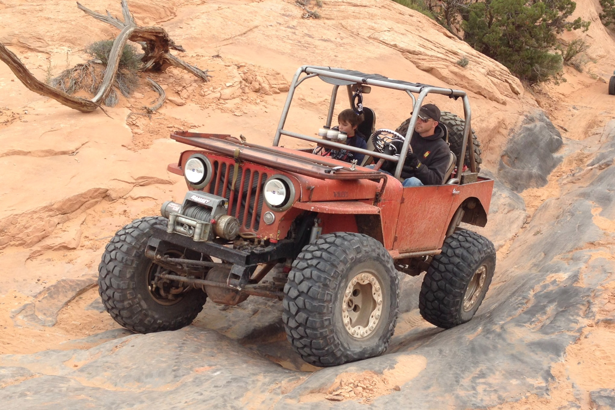 04 christian hazel flattie flexy suspension on flat iron mesa trail moab
