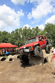 020 ocjw red cherokee obstacle