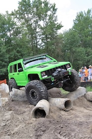 018 ocjw lime green cherokee obstacle