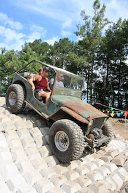 012 ocjw ford jeep concrete obstacle
