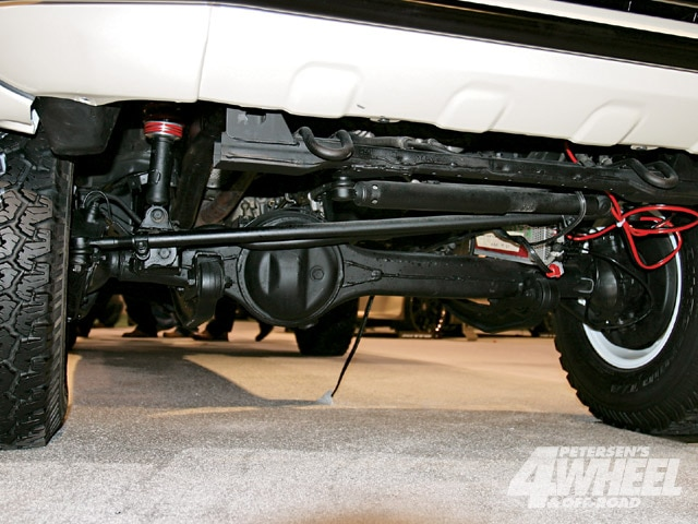 131 0903 10 z+march 2009 auto news+toyota tacoma solid axle