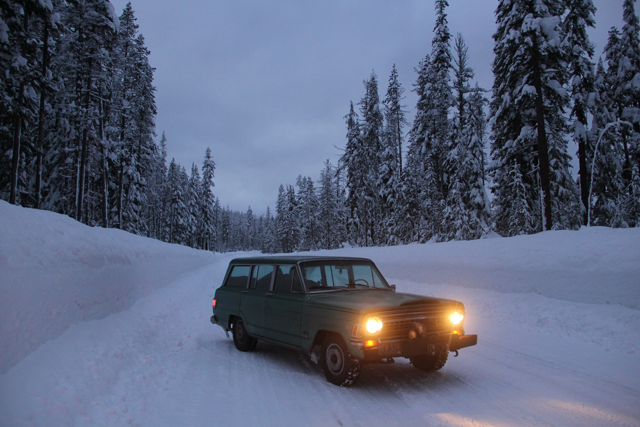 Barn-Find 1972 Jeep Wagoneer Road Trip