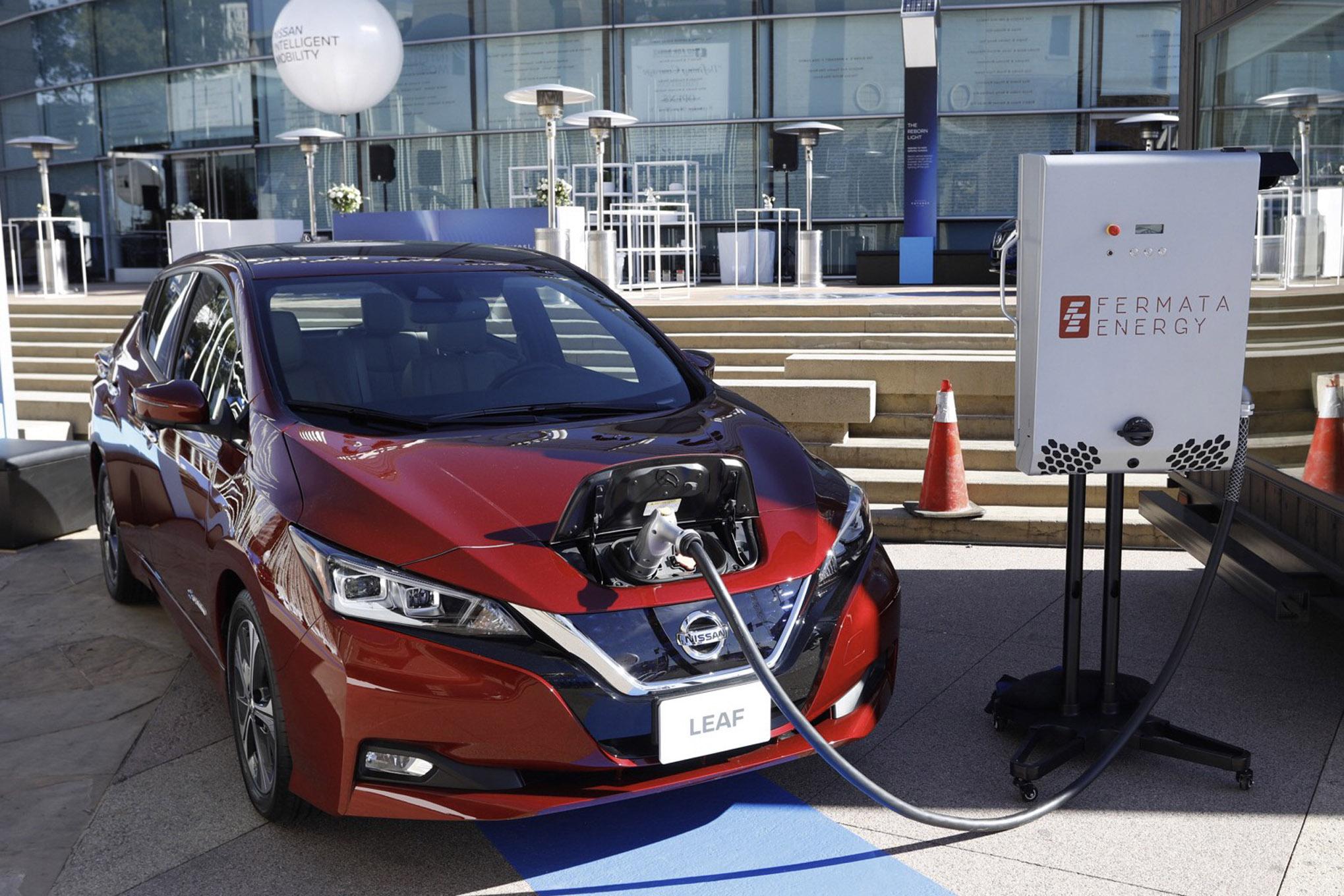 006 auto news four wheeler nissan leaf battery power