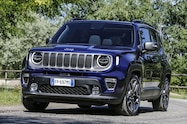 2019 jeep renegade front quarter 01