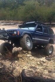 045 jeep shots hendricks xj.JPG
