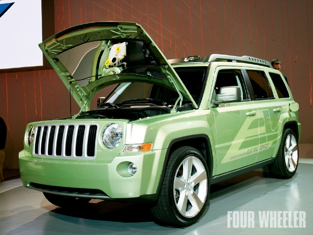 129 0905 01 z+2009 detroit auto show+jeep patriot
