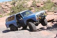 01 2019 easter jeep safari fullsize invasion moab rim.JPG