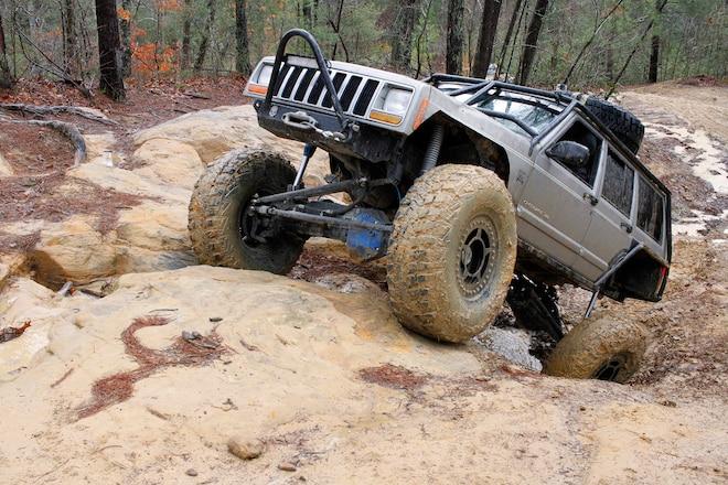 2000 Jeep XJ Cherokee - Better Cherokee The Second Time Around