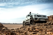 nissan global vehicles in morocco navara off roader AT32