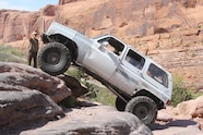 19 2019 easter jeep safari fullsize invasion moab rim.JPG