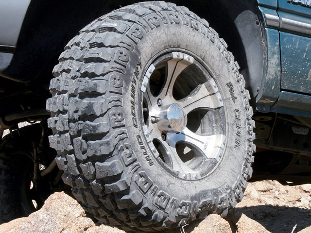 131 0810 01 z+ez ride suspension lift kit upgrade tuff country boost+dick cepek mud country tire