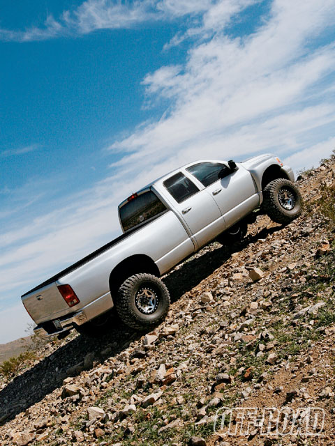 0907or 14 z+2005 dodge ram 2500 truck+back side