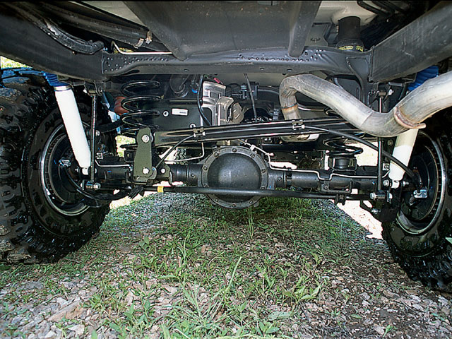 129 0209 14 z+2002 chevy tahoe+rear axle