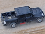 2019 Jeep Wrangler JL Pickup Spyshots 09