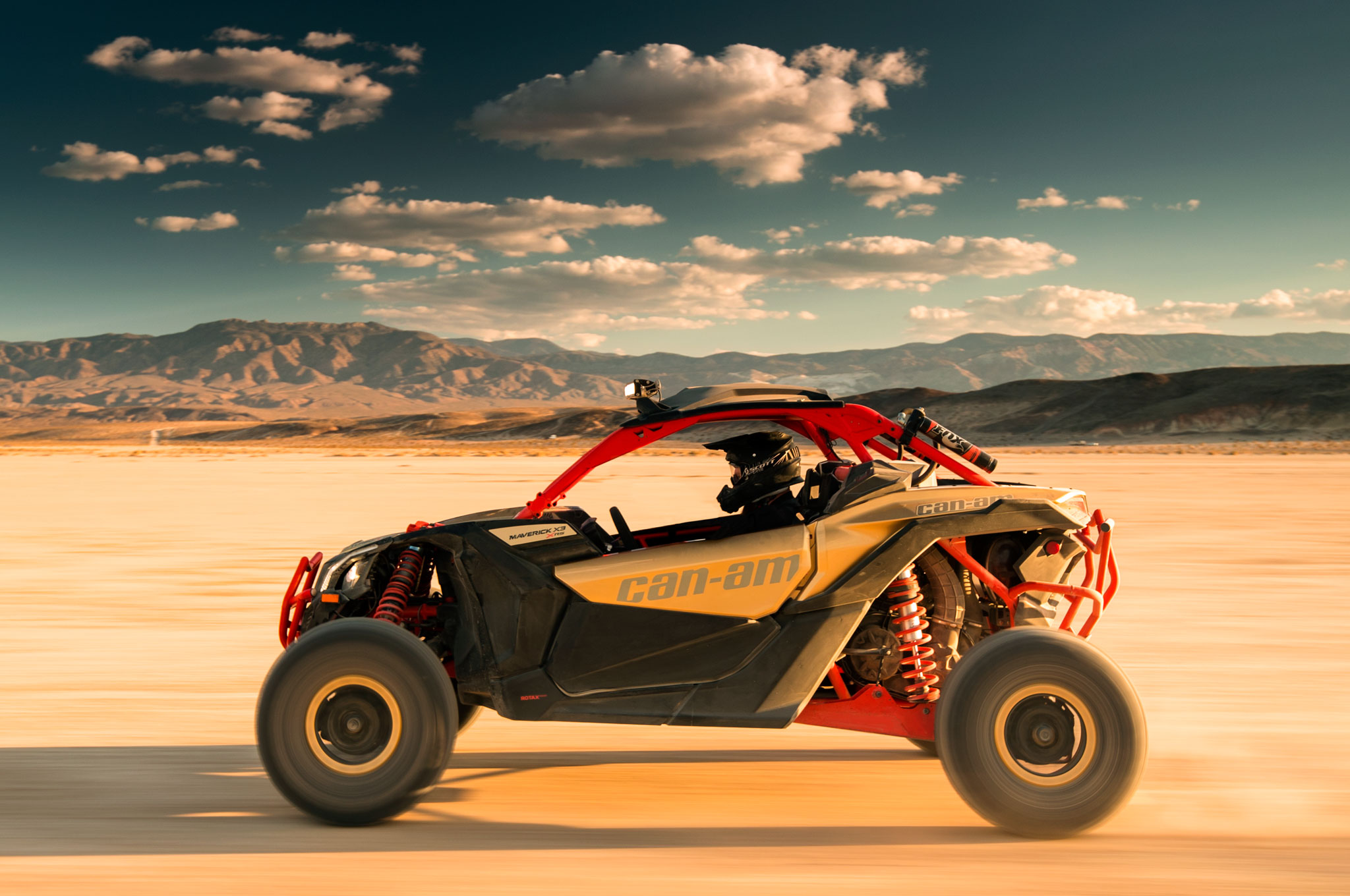 2017 can am maverick x3 turbo rs left side driving flats