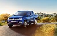 Volkswagen Amarok front three quarter 03