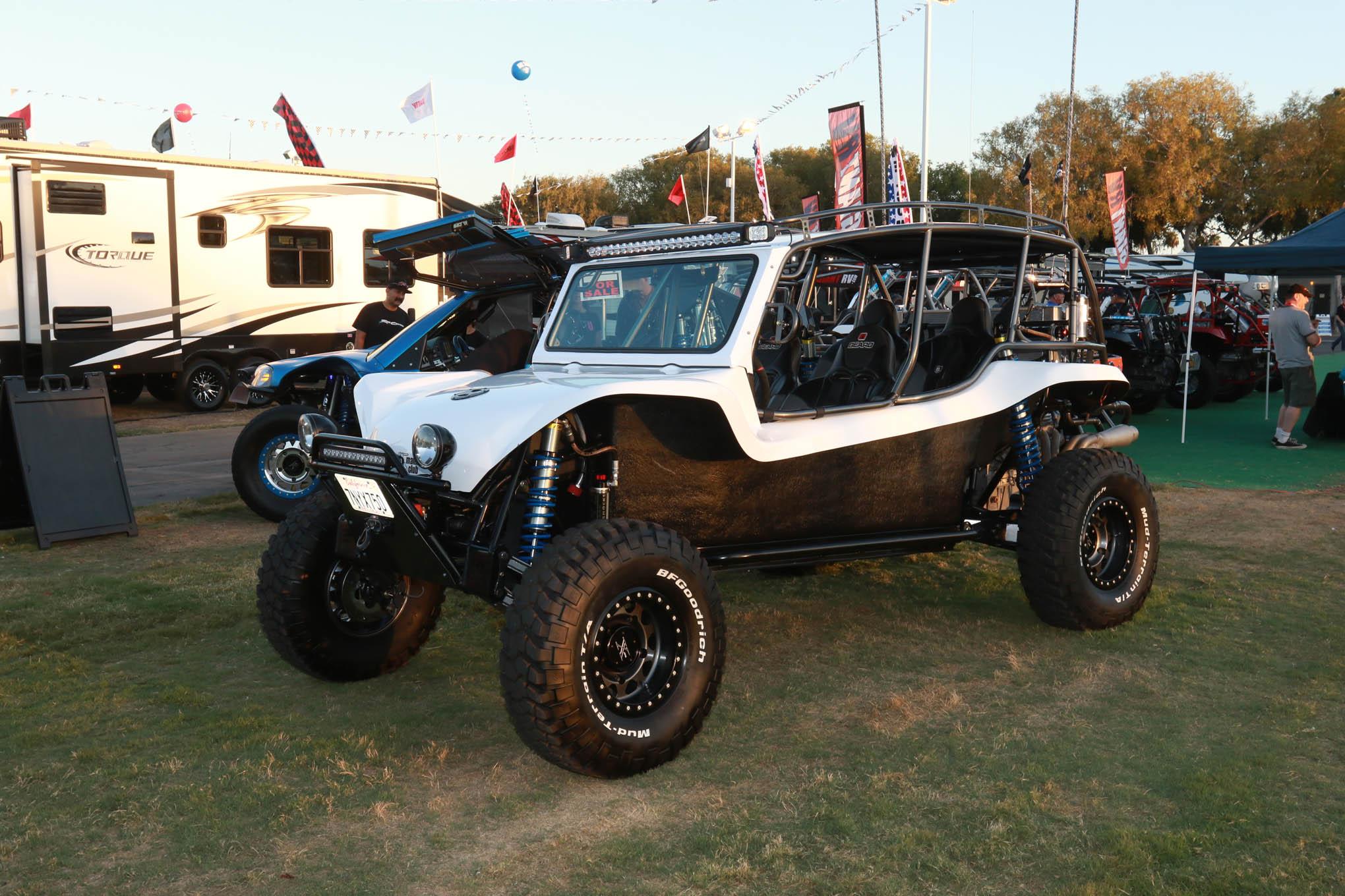 018 sand sport manx buggy medium shot