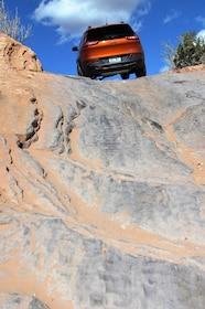 2015 Jeep Cherokee Trailhawk 4x4 uphill.JPG