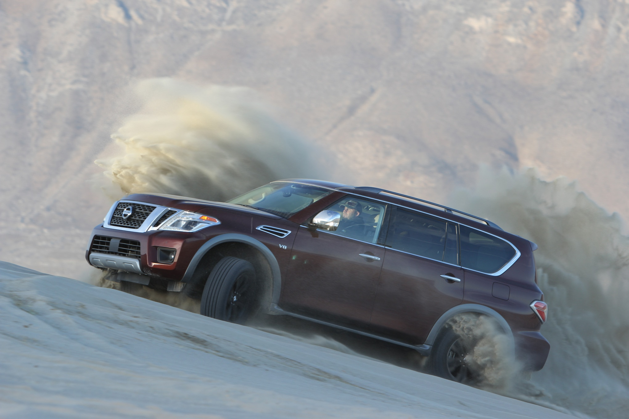 043 suv of the year