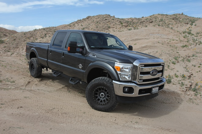 No-Compromise Go-Fast, Do-All Suspension for a Heavy-Hauling Ford Super Duty