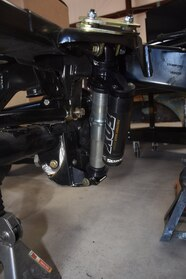 uacj 6d part 2 skyjacker suspension and jk frame setup 07