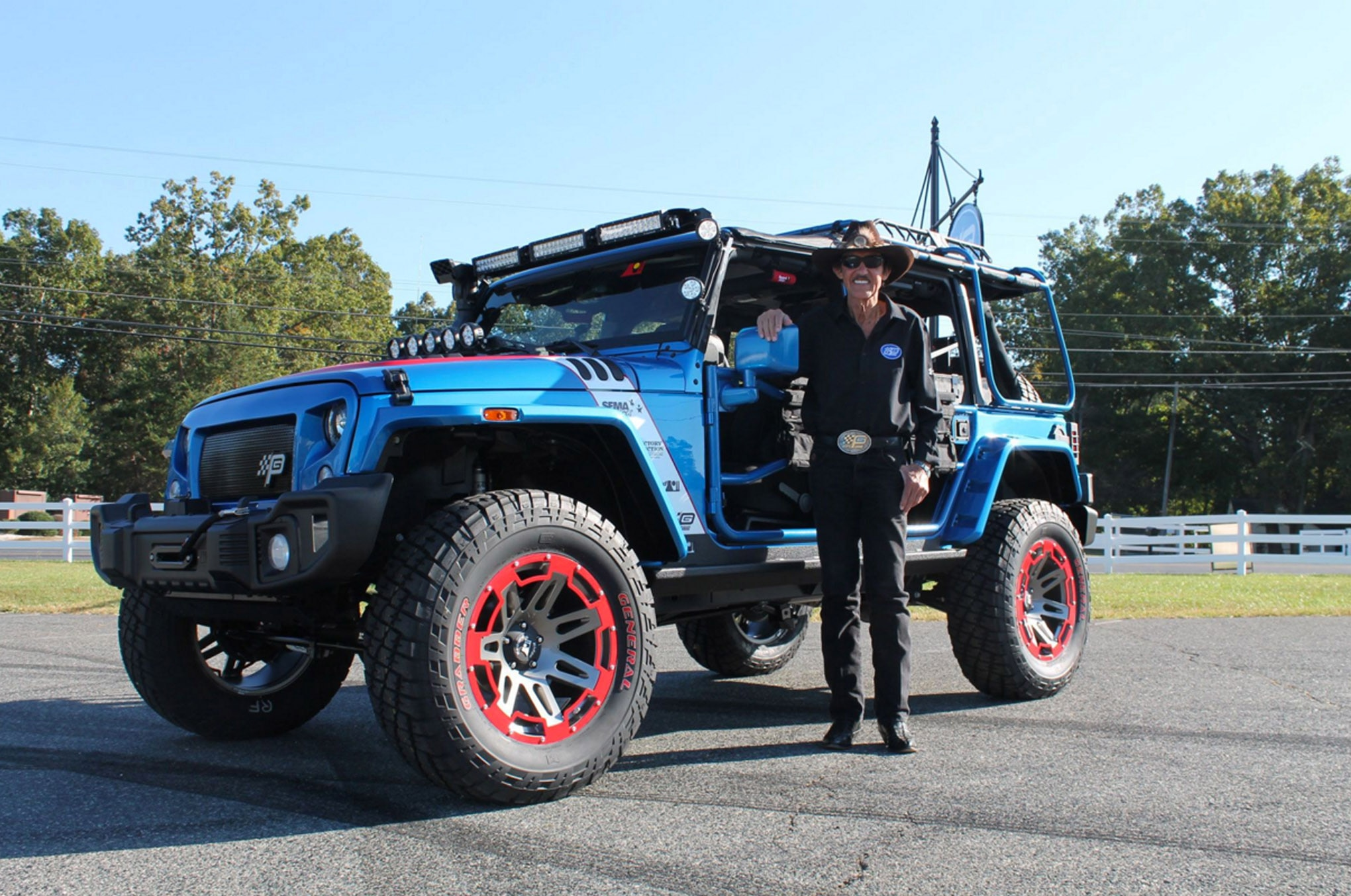 auto news jp jeep richard petty victory junction mecum auctions rugged ridge sema cares sold
