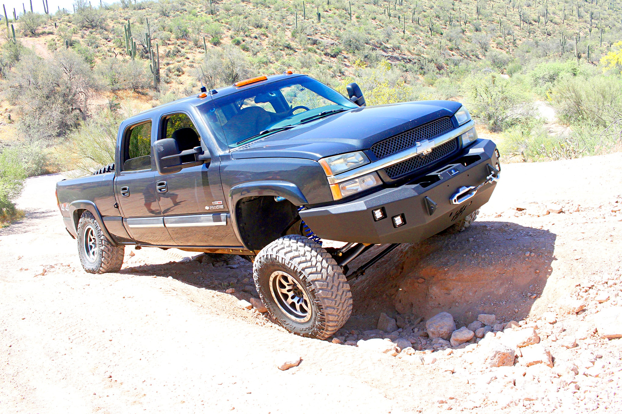 wfo chevy 2500 d60 solid axle swap trail2