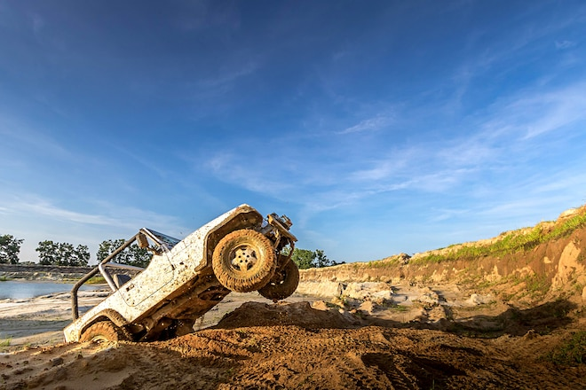 Rough Country 2.5 Jeep Wrangler YJ Lift Review