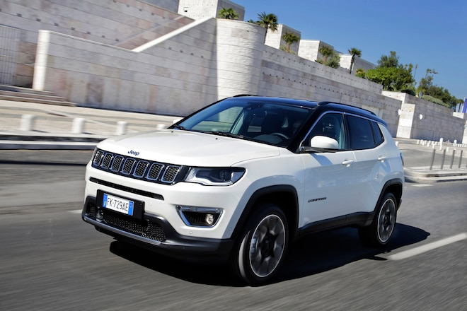 Jeep Compass Earns IIHS Top Safety Pick