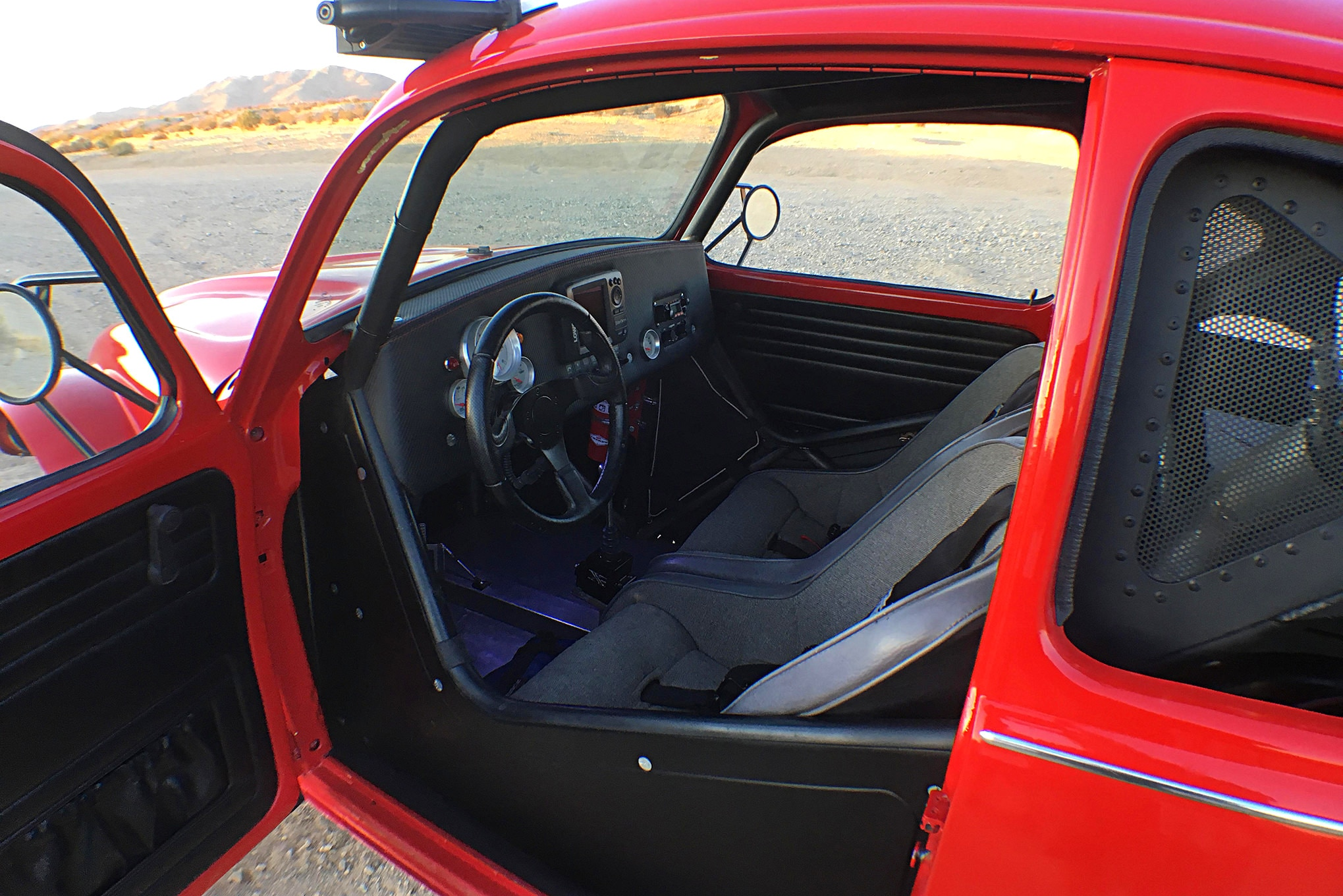 022 vw baja bug auto meter grant prp lowrance rugged pci pro am interior wide.JPG